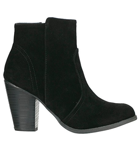 Breckelle's Women's HEATHER-34 Faux Suede Chunky Heel Ankle Booties - stylishcombatboots.com