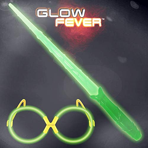 Glow Sticks Bulk Glow Wizard Wands Set, Glow in The Dark for Kids, costume Party Supplies, Birthday Party Favors, Christmas Halloween Decor (Green) -