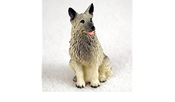 Amazon Com Norwegian Elkhound Tiny One Figurine Home Kitchen