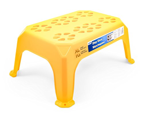 Camco Durable Large Step Stool - Textured Platform Surface to Help Prevent Slipping|Lightweight & Sturdy|Design Excellent for RVs,Trailers,Trucks|400 lb. Capacity|23