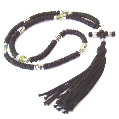 black-knotted-wool-komvoschinia-with-green-glass-and-silver-beads-100-knots-23-long-top-quality