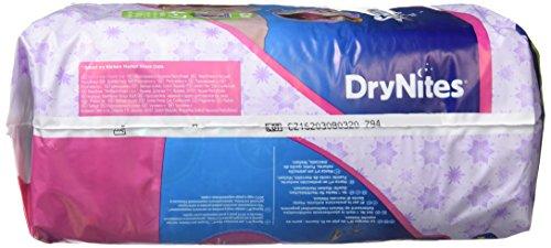 Huggies Pannolini assorbenti notturni DryNites per bagnare il letto, per ragazze 4-7 anni (17-30 kg), 3 x 10 = 30… 3