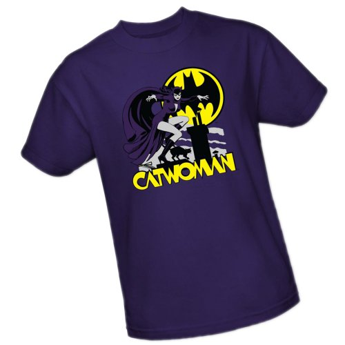 Rooftop Cat -- Catwoman -- DC Comics Adult T-Shirt, X-Large