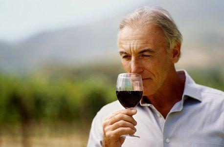 Geschenk zu Weihnachten Jochen Schweizer Geschenkgutschein Weinbergwanderung mit Weinverkostung in Rheinland-Pfalz
