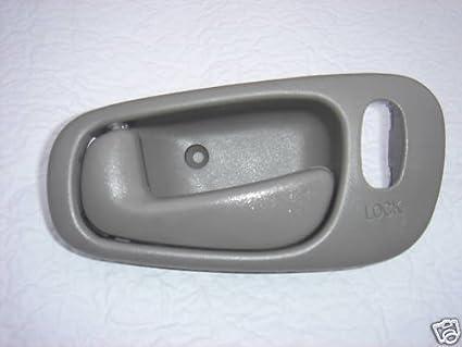 Amazon.com: 1998 1999 2000 2001 2002 Chevrolet Prizm Power Lock GRAY ...