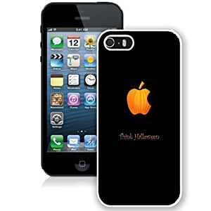 Customized Phone Case Think Halloween iPhone 5s Wallpaper in White