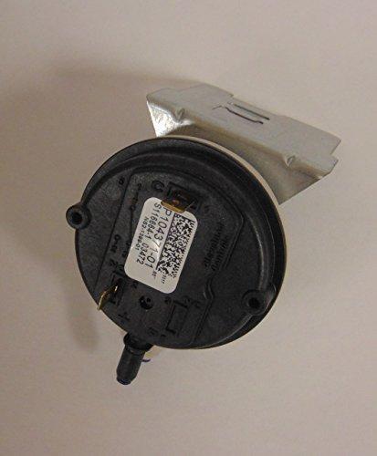 Lennox 11U64 - Pressure Switch .65 (Elev 0-4,500FT)