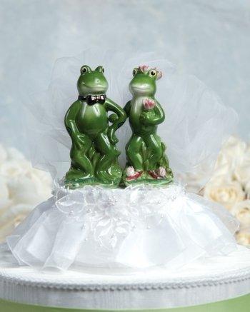Funny Frog Prince Cake Topper: Skirt Color: Ivory