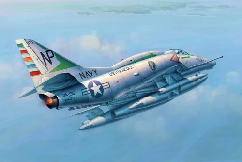 Trumpeter 1/32 A4E Skyhawk Attack Aircraft Model (Attack Model Kits)