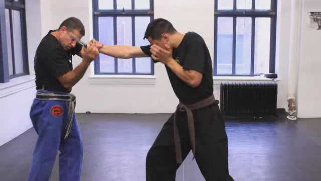 How to Defend against an Attack with a Knife in Krav Maga