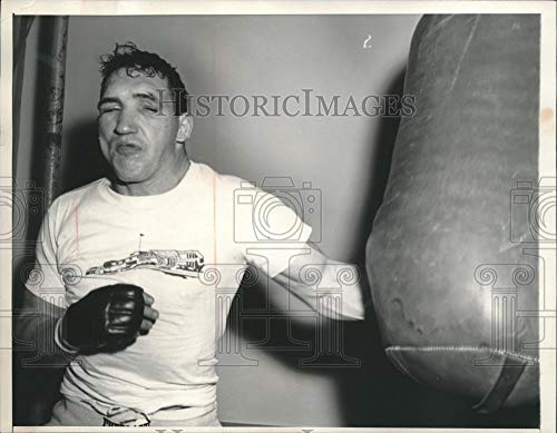 1957 Press Photo Middleweight Boxer Gene Fullmer training for a match - Historic Images