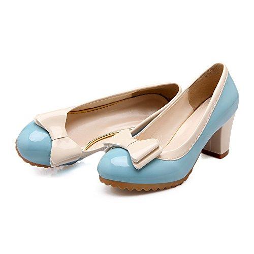 AllhqFashion Damen Gemischte Farbe Weiches Material Mittler Absatz Rund Zehe Ziehen auf Pumps Schuhe Blau