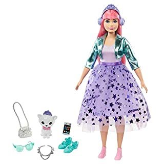 Barbie Princess Adventure Daisy Doll in Princess Fashion (12-inch Curvy) with Pink Hair, Pet Kitten, Tiara, 2 Pairs of Shoes and Accessories, for 3 to 7 Year Olds, Multi (GML77)