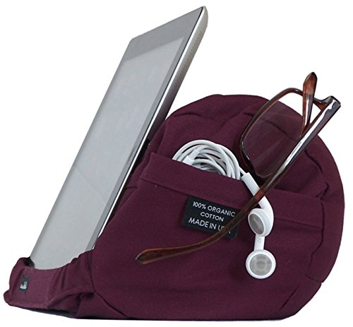 The EZread Tablet Travel Pillow...for you and your mobile...