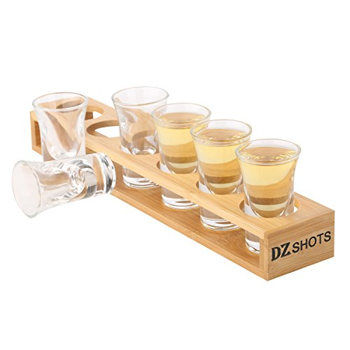 D&Z Shot Glass set with Tray,include 6 Thick Base Crystal Clear Shot Glasses and Bamboo Holder for Barware, Shot Glass Display, Whisky Brandy Vodka Rum and Tequila Shot Set,0.75oz (Set Tequila Serving)