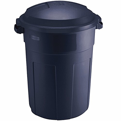 Rubbermaid FG289487BLAZB Two Roughneck 32 Gallon Trash Cans with Snap On Lids ()