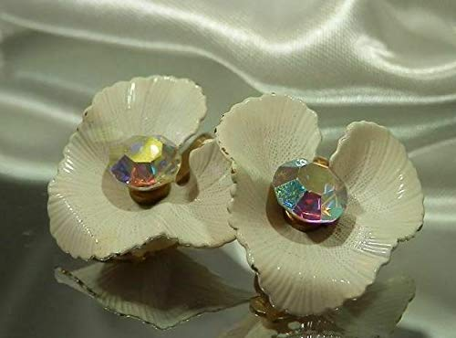 Lisner Signed Vintage 60's Enamel Flower Rhinestone Clip Earrings Pretty