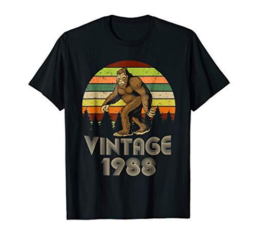 (Vintage 1988 31st Birthday 31 Years Old Bigfoot Gift)