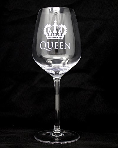 King and Queen Gift Beer Pint Glass Stem Wine Glas Combo by Momstir - Wedding, Engagement, Housewarming, Anniversary, Newlyweds, Couples, Parents, Mom, Dad, Him or Her, Mr Mrs