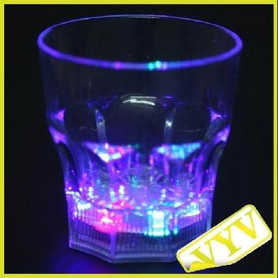 Price comparison product image Flashing Panda 8 oz LED Light-Up Flashing Rocks / Whiskey Glass