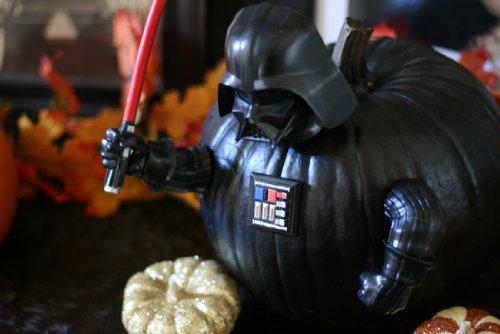darth-vader-pumpkin-push-in
