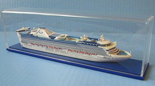 grand-princess-cruise-ship-model-in-11250-scale-collectors-series