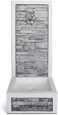 Fontana a muro da Giardino Esterno in Cemento Pietra KAM modello BREMBO