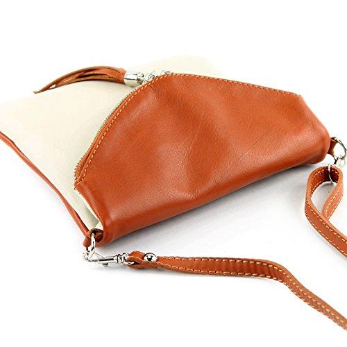 Italiana. Piel Clutch Bandolera Antebrazo–Bolso de piel de napa Girl pequeño T07 T139 Creme/Camel