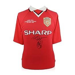 Exclusive Memorabilia Maillot Manchester United signé par Teddy Sheringham et Ole Gunnar Solskjaer
