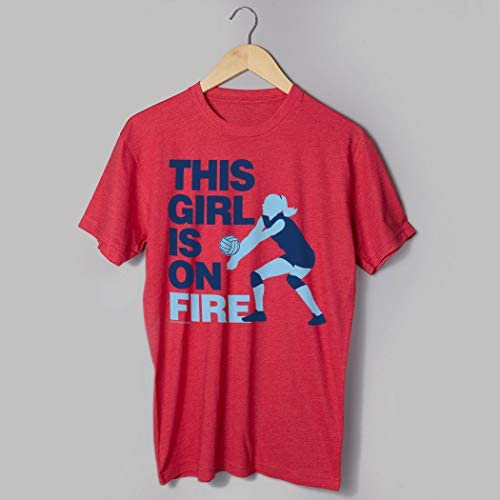 Amazon.com: This Girl Is On Fire playera | Voleibol Tees por ...