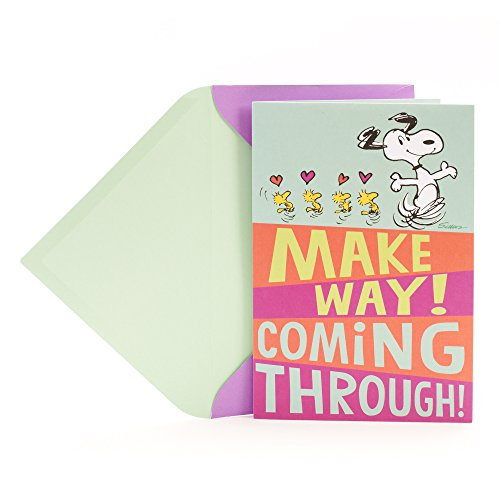 Hallmark Pop Up Peanuts Birthday Card for Mom (Snoopy, Hugs and Kisses for You)