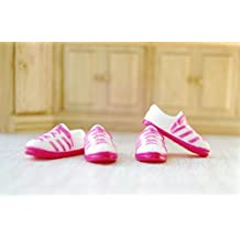 1/12 Dollhouse Miniature 1 Pair of Girl Sports Shoes