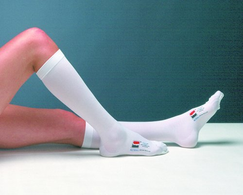 TED Knee Length- Closed Toe- Large - Long (pair) White ()