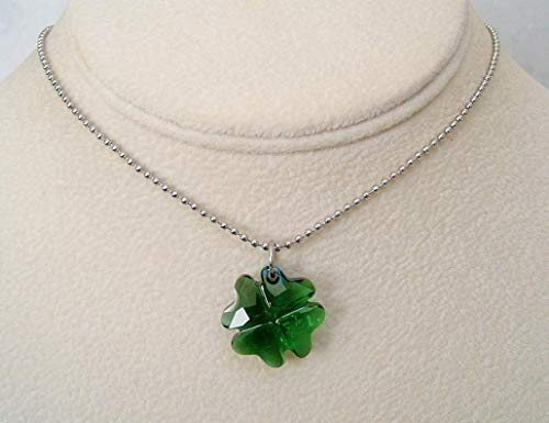 Moss Green Luck Of The Irish Clover Pendant 18 Inch Necklace Made With Swarovski Crystal Gift Idea SS