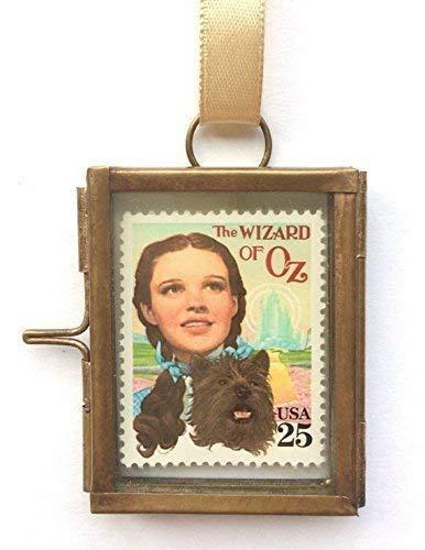 The Wizard of Oz Framed Postage Stamp Keepsake Gift ()