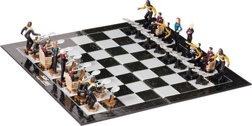 (Star Trek: The Next Generation - Chess Set / Game)
