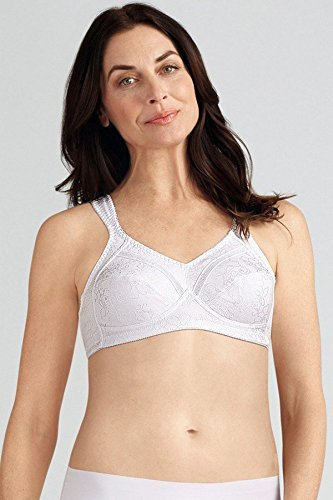 e2ac39c540 AMOENA Women s Nora Non-Wired Soft Mastectomy Bra - White Size 40C ...