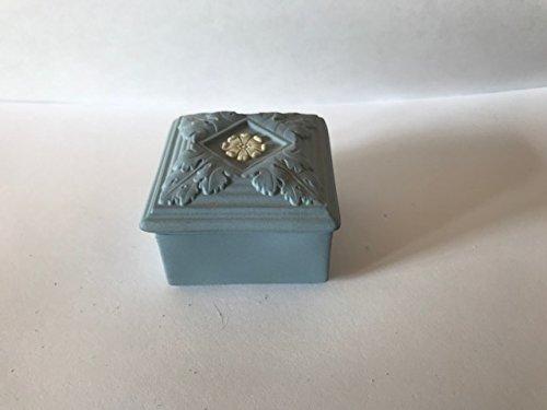 Wedgwood Jasperware Blue trinket box (Wedgwood Box)