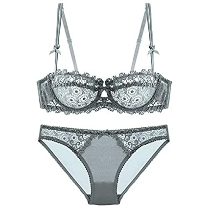 eaccb514c81 Amazon.com : GuiZhen Red Small Push up Underwear Plus Size deep V-Neck  Fashion Cup Ultra-Thin Transparent lace Young Girl Bra Set : Garden &  Outdoor