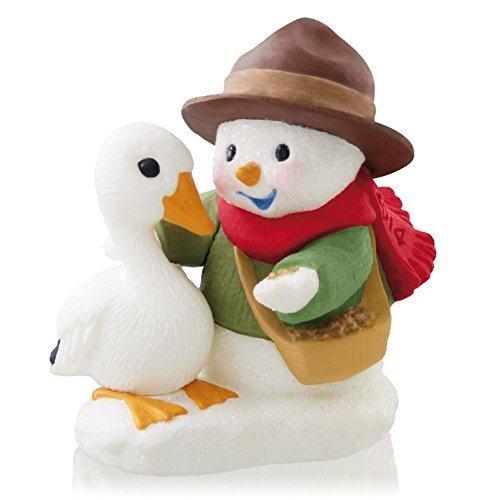 Hallmark Keepsake Ornament Snow Buddies 17th in Series 2014