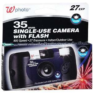 Walgreens 35mm Single-Use Camera with Flash, 1 ea