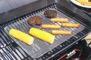 Oscarware Disposable Grill Topper by Oscarware by Oscarware
