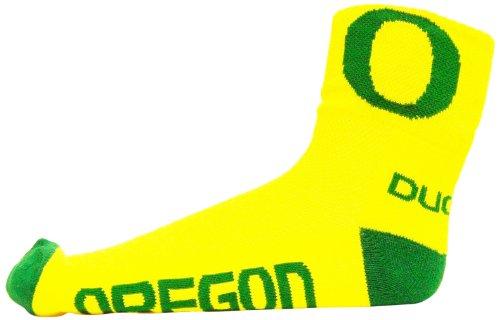 NCAA Oregon Ducks Men's Quarter Socks, Yellow