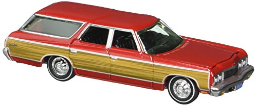 Johnny Lightning 1: 64 Mijo Exclusives - Classic Gold - 1973 Chevrolet Caprice Wagon Diecast Vehicle
