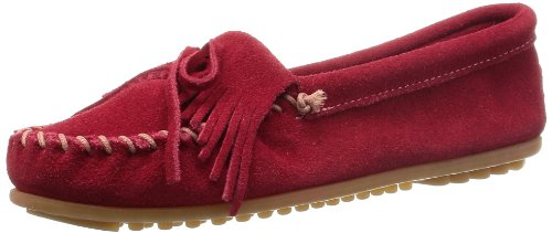 (Minnetonka Women's Kilty Moccasin,Cherry,8.5 M US )