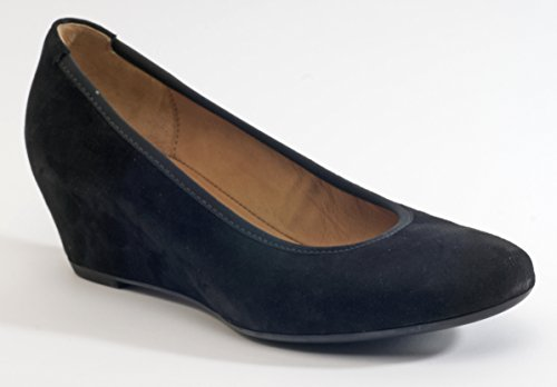 Used, Kanner Corporation (Gabor) 55360 Wedge Shoe for sale  Delivered anywhere in USA