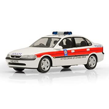 SCHUCO 1//43-04181 VAUXHALL VECTRA LANCASHIRE POLICE DIE-CAST MODEL CAR