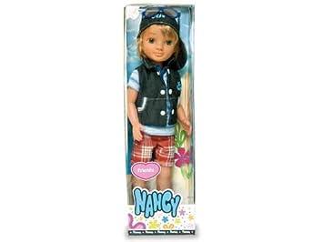 Amazon.es: Nancy 700009260 El amigo de Lucas (Surtido: La ropa de la muñeca puede variar): Juguetes y juegos