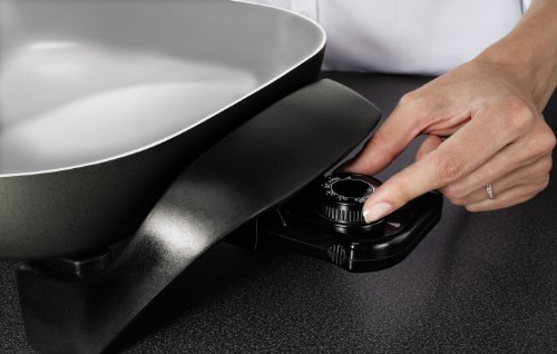 Oster Titanium Infused DuraCeramic Electric Skillet, 12 Inch, Square, Black/Silver (CKSTSKFM12-TECO) by Oster (Image #3)