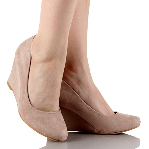 6f0b42ae17361 Bella Marie Womens Nine-5 Classic Almond Toe Mid Wedge Pump - Import It All